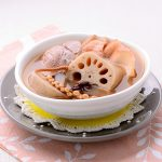 蓮藕鱆魚響螺豬腱湯